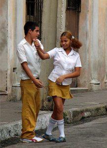 cubanos bailando salsa